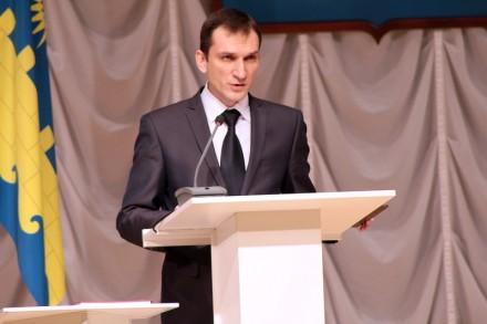 Олег Костенко отчитался о работе с общественностью