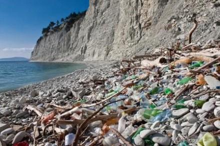 Пляжи Анапы очистили после шторма.