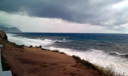Шторм в Анапе не обошёлся без происшествий