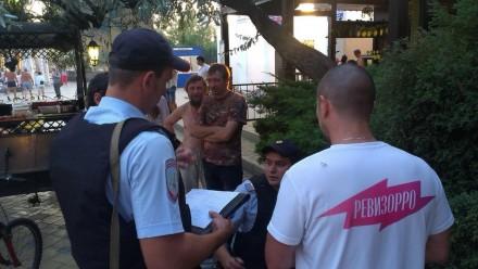 """В Анапе избили съемочную группу телеканала """"Пятница"""""""