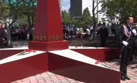 В Алексеевке появился первый памятник.