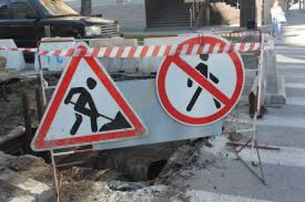 Ремонт дорог отложат до межсезонья.