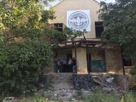 Новая школа из старого штаба.